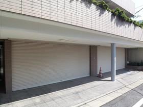 ヒルトップ諏訪山駐車場