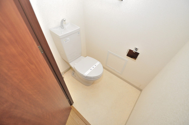 コート グランシャリオ 清潔感のある爽やかなトイレ。誰もがリラックスできる空間です。