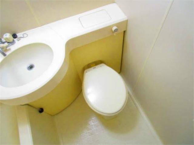 キャトルセゾン橋本8トイレ