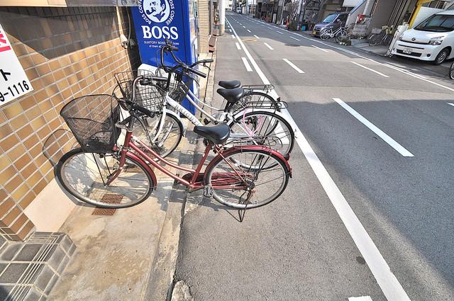 コンフォール小阪 あなたの大事な自転車も安心してとめることができますね。