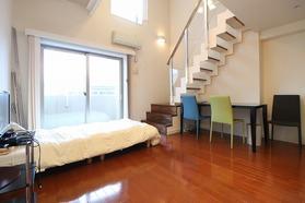 https://image.rentersnet.jp/13255fed-7d04-4393-962f-6a8aa0dd31d0_property_picture_1992_large.jpg_cap_居室