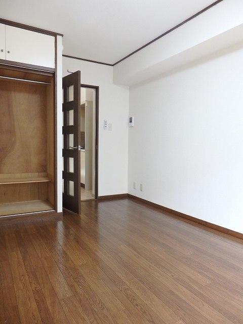 和田町駅 徒歩13分居室
