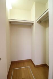パーシモン山王 101号室