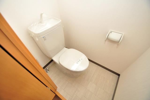 プランドール南巽 清潔感たっぷりのトイレです。入るとホッとする、そんな空間。