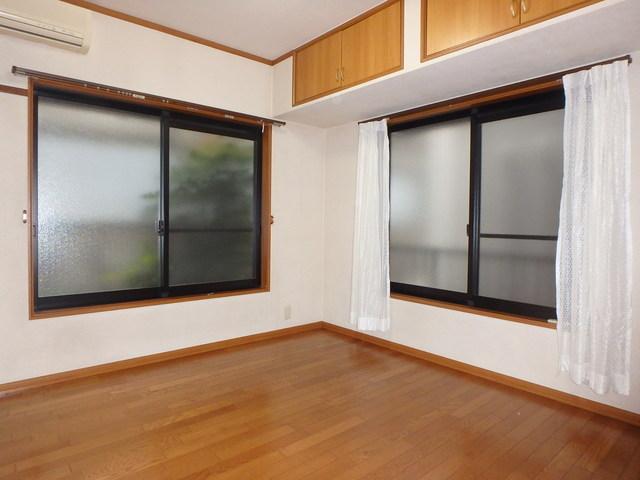 安藤邸居室