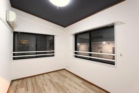 カーサ・パティオ 401号室