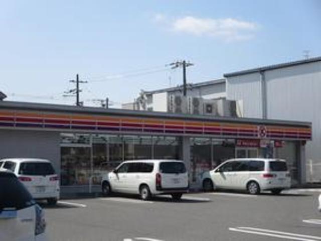 セレッソコート八戸ノ里ハートランドイーストビュー サークルK東大阪西堤店