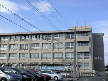 ウイステェリアⅢ[周辺施設]中学校