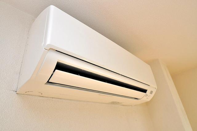 ムーンシングルエイト エアコンが最初からついているなんて、本当にうれしい限りです。