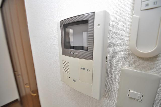 アンプルール フェール寿 TVモニターホンは必須ですね。扉は誰か確認してから開けて下さいね