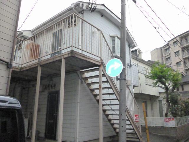 サンライズ横浜外観