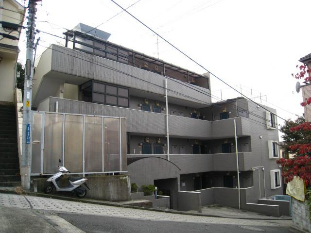 スカイコート横浜弘明寺の外観画像