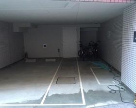 シティインデックス千代田岩本町駐車場