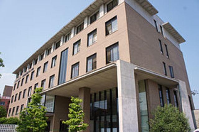私立大阪総合保育大学