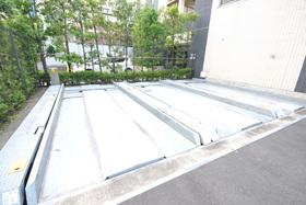 プライムアーバン本駒込駐車場