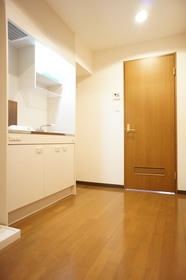 https://image.rentersnet.jp/15c033771250042be736c53dc4dedf6a_property_picture_961_large.jpg_cap_他のお部屋の参考写真です
