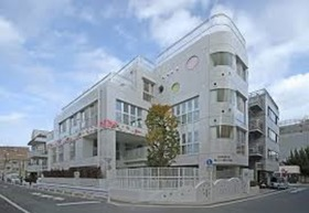 https://image.rentersnet.jp/1620f759-e88c-413e-8be8-01aefde85287_property_picture_961_large.jpg_cap_子供の家愛育保育園