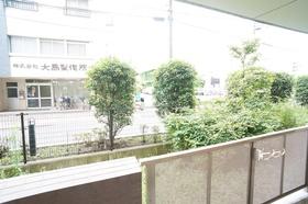https://image.rentersnet.jp/16362639d1f5ce13dbd0f774a0105289_property_picture_1800_large.jpg_cap_バルコニー景色