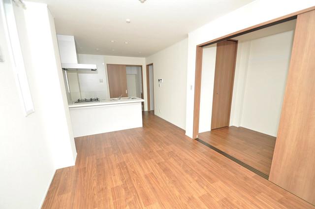 ma.maison(マ.メゾン) 明るいお部屋はゆったりとしていて、心地よい空間です