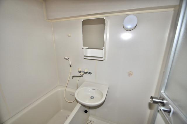 サンポートハイム大今里 可愛いいサイズの洗面台ですが、機能性はすごいんですよ。