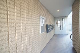 フラワーヴィレッジ 301号室
