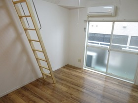 https://image.rentersnet.jp/171f0a0b-3bea-4420-8362-d2f3b62ba68d_property_picture_2988_large.jpg_cap_居室