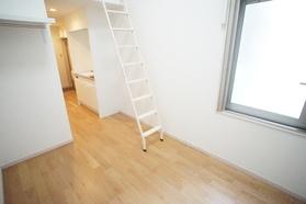 https://image.rentersnet.jp/174b168f-46d3-4ae6-aca4-955286ebb991_property_picture_2987_large.jpg_cap_居室