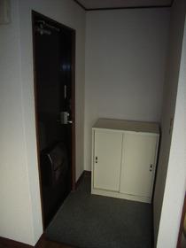 コーポ江尻 302号室