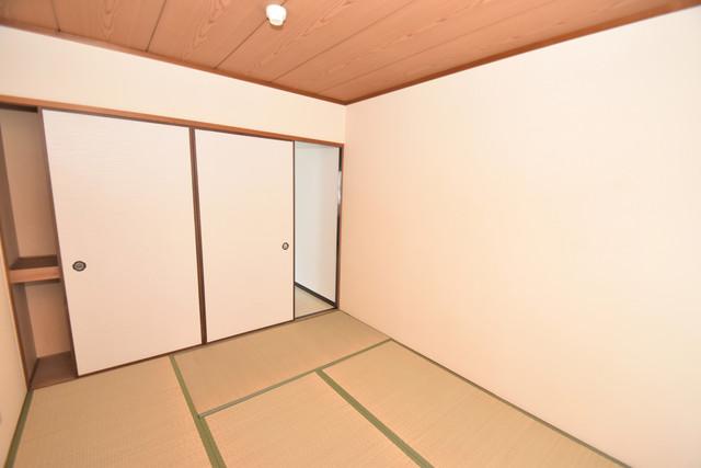 グランドメゾン樋口 6畳の和室が癒しの空間となりますね。