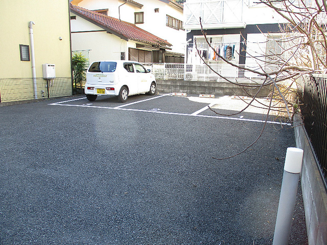 アムールLiberte駐車場