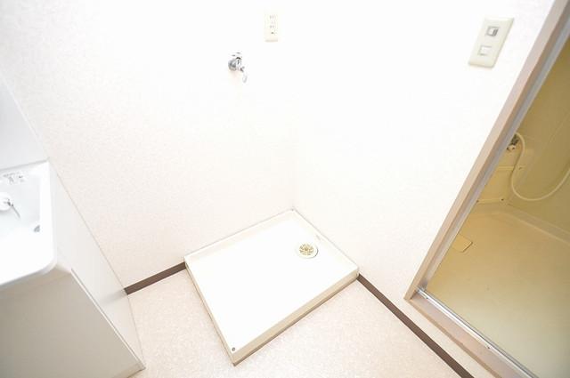 ローズガーデンCOMO 洗濯機置場が室内にあると本当に助かりますよね。
