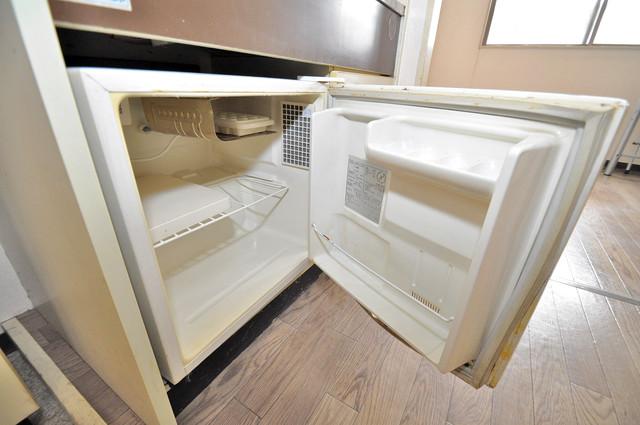 プレアール小若江 嬉しいミニ冷蔵庫付きです。家電代1つ分浮きましたね。