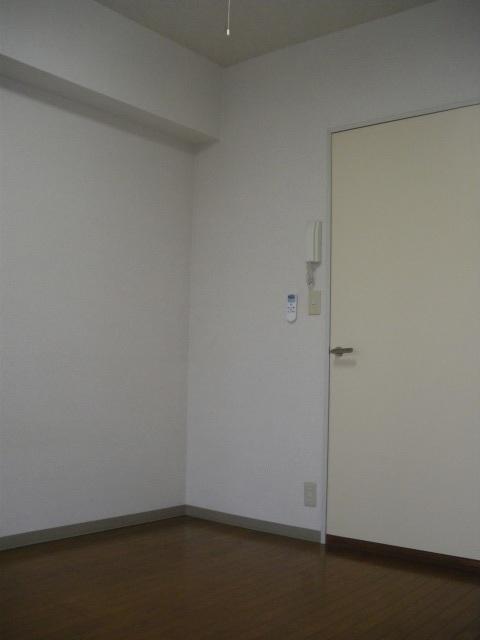 プロムナード三ツ沢居室