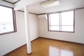 https://image.rentersnet.jp/17f19f3d-20ad-4ef3-9b44-be6a783ed9d6_property_picture_956_large.jpg_cap_居室