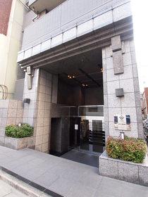 八丁堀駅 徒歩3分エントランス