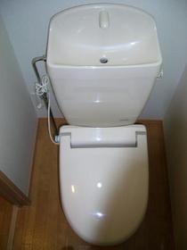 https://image.rentersnet.jp/18635e28d5ea9145e6f14ad03f19a689_property_picture_2419_large.jpg_cap_トイレ