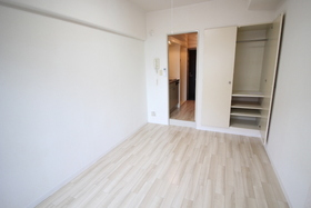 https://image.rentersnet.jp/18663c6b-25ef-41c2-aa44-8d310c5e7490_property_picture_2418_large.jpg_cap_居室