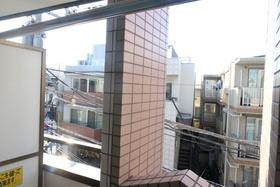 丸井ビルディング 302号室