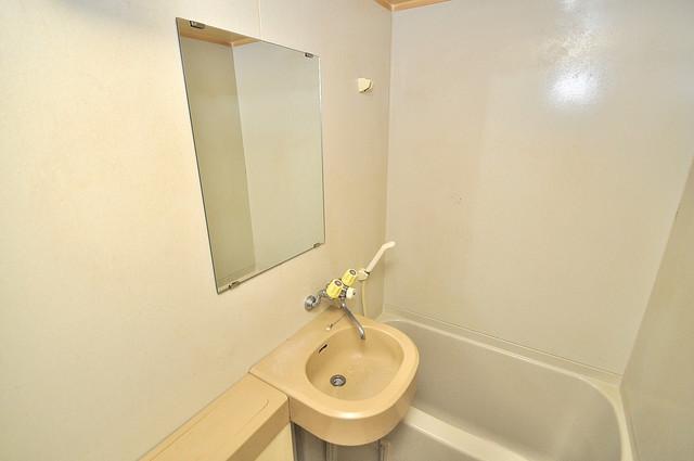 ヴィラアルタイル 可愛いいサイズの洗面台ですが、機能性はすごいんですよ。