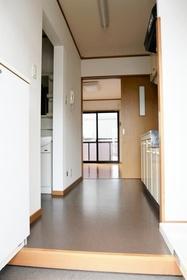 https://image.rentersnet.jp/19272b1f-2ebb-4404-9a5b-7c9ad16917ae_property_picture_2419_large.jpg_cap_居室