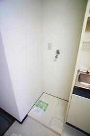 メゾンシャルム 202号室