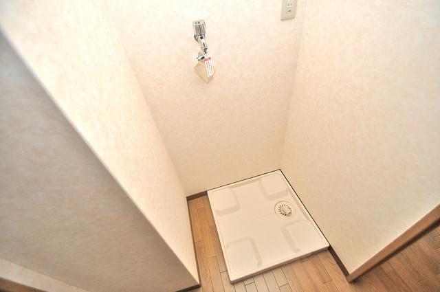 TSカーサプリモ 嬉しい室内洗濯機置場。これで洗濯機も長持ちしますね。