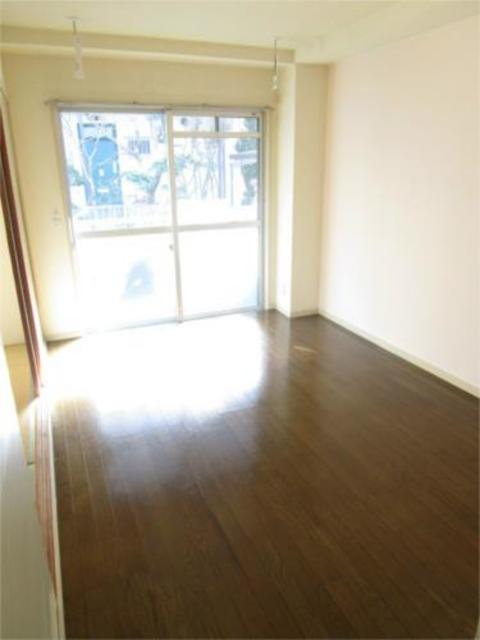 エクレール五月居室