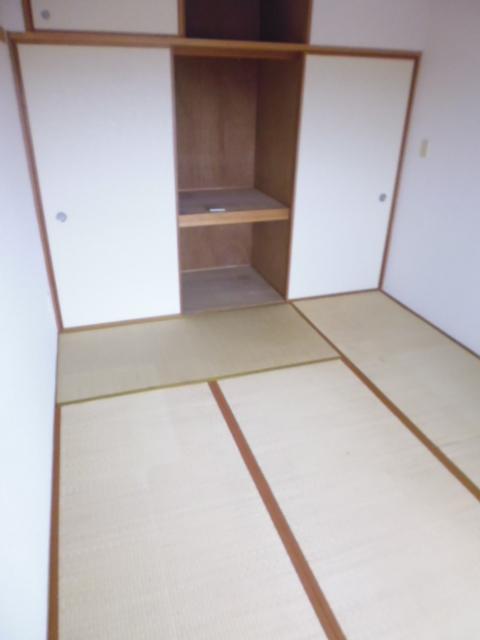 ピュアロイヤル居室