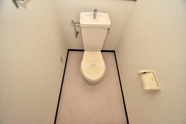 ポプルスONE スタンダードなトイレは清潔感があって、リラックス出来ます。