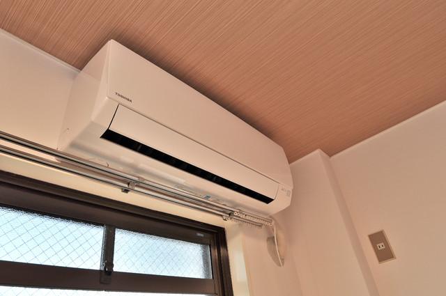 東大阪市足代北1丁目の賃貸マンション エアコンがあるのはうれしいですね。ちょっぴり得した気分。