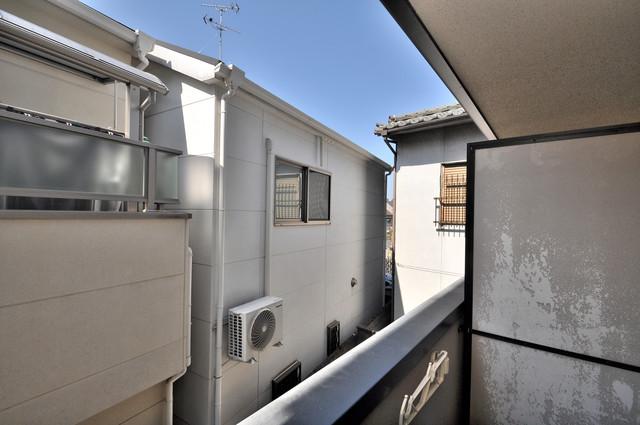 ロンモンターニュ小阪 バルコニーは眺めが良く、風通しも良い。癒される空間ですね。