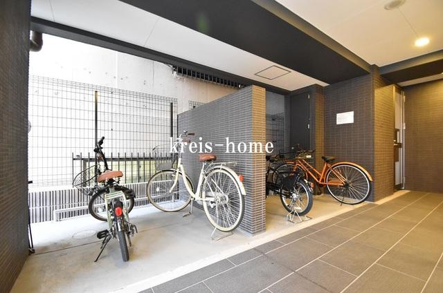 AZURE神田錦町駐車場