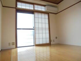 https://image.rentersnet.jp/1b43dd62-b503-434a-a382-f61ede42104d_property_picture_3186_large.jpg_cap_居室