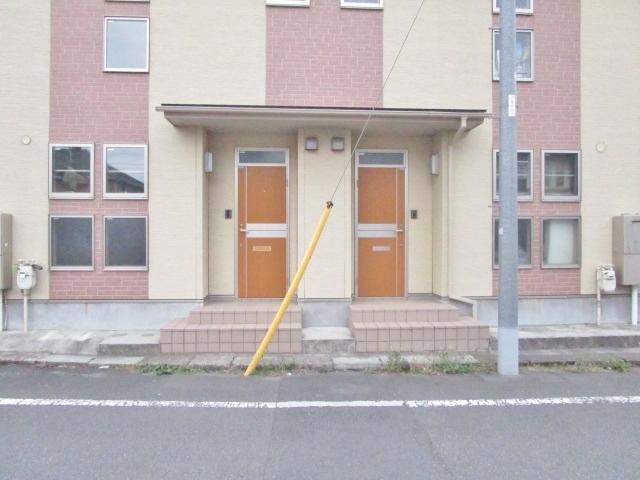 日野二世帯住宅エントランス